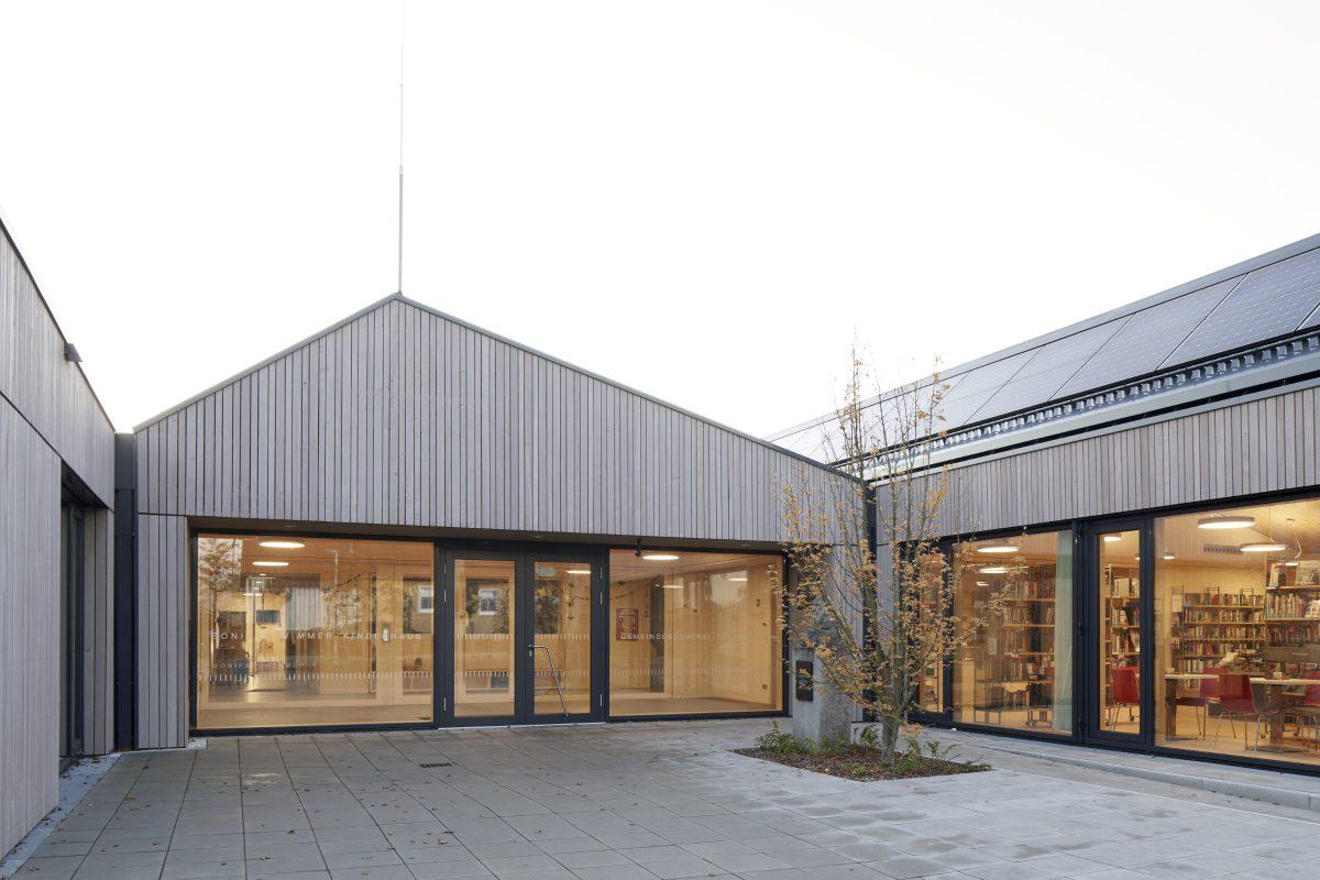 Kinderhaus mit Bücherei Thalmassing